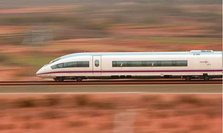 AVE-train-in-the-Spanish--001